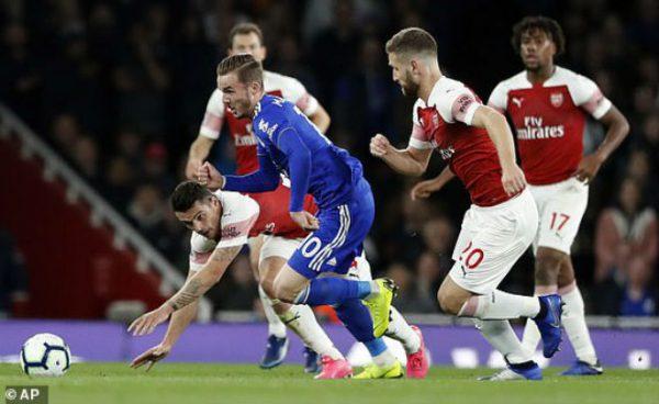 Leicester đã không thắng Arsenal 25 trận gần nhất