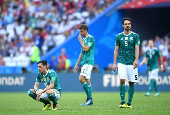 Tin bóng đá quốc tế 17/10: ĐT Đức tệ nhất trong lịch sử