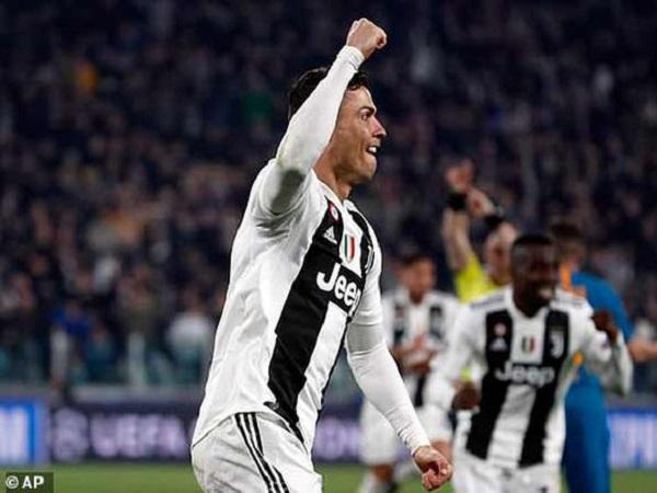 Đội hình tiêu biểu lượt về vòng 1/8 Champions League 2018/19_ Ronaldo