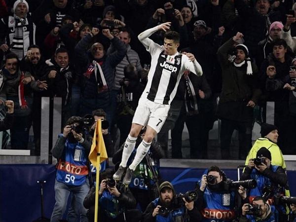 Tin bóng đá 13/3: Ronaldo lập hat-trick, Juventus thẳng tiến vào tứ kết