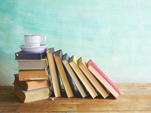 Giải mã giấc mơ thấy cuốn sách điềm báo gì, đánh con số gì