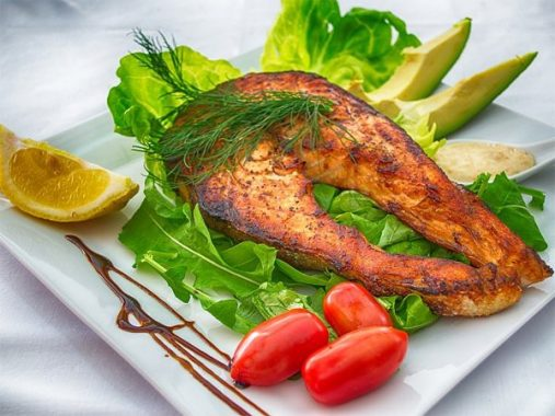 Nằm mơ thấy ăn cá to có điềm báo gì đặc biệt?