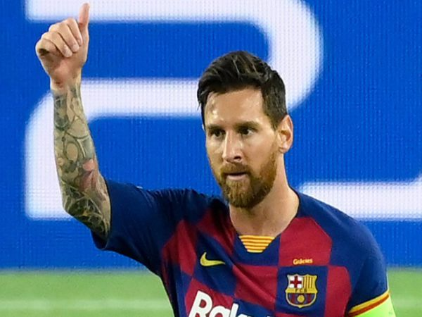 Tin bóng đá trưa 31/8: Điều khoản giúp Messi tự do rời Barca