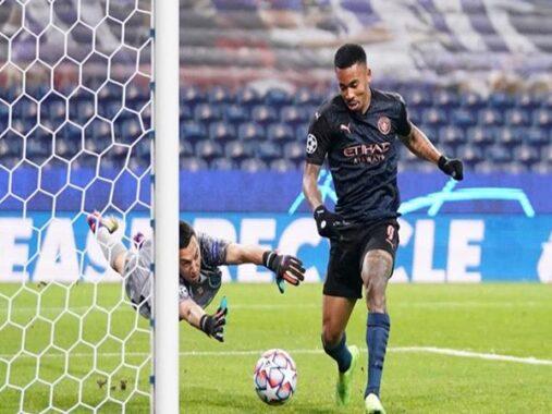 Bóng đá Anh 2/12: Man City hoà Porto, cục diện bảng C ngã ngũ