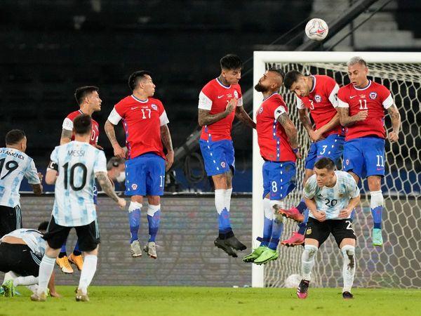 Bóng đá quốc tế sáng 15/6: Messi ghi bàn, Argentina vẫn không thắng Chile