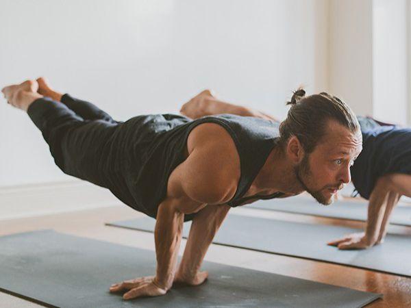 Ashtanga yoga là gì - Lợi ích khi tập ashtanga yoga