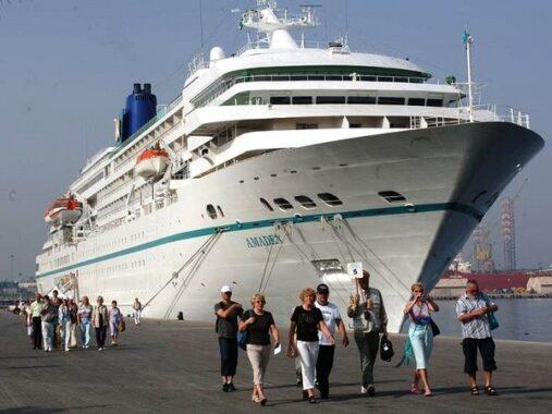 Nằm mơ thấy tàu biển có ý nghĩa gì điềm báo tốt hay xấu