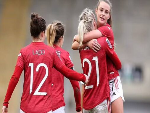 Bóng đá Anh chiều 14/10: Con gái Solskjaer chuẩn bị ra mắt MU