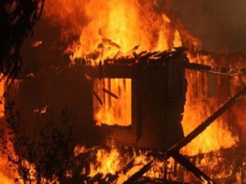 Nằm mơ thấy cháy nhà đánh con gì? Điềm báo giấc mơ